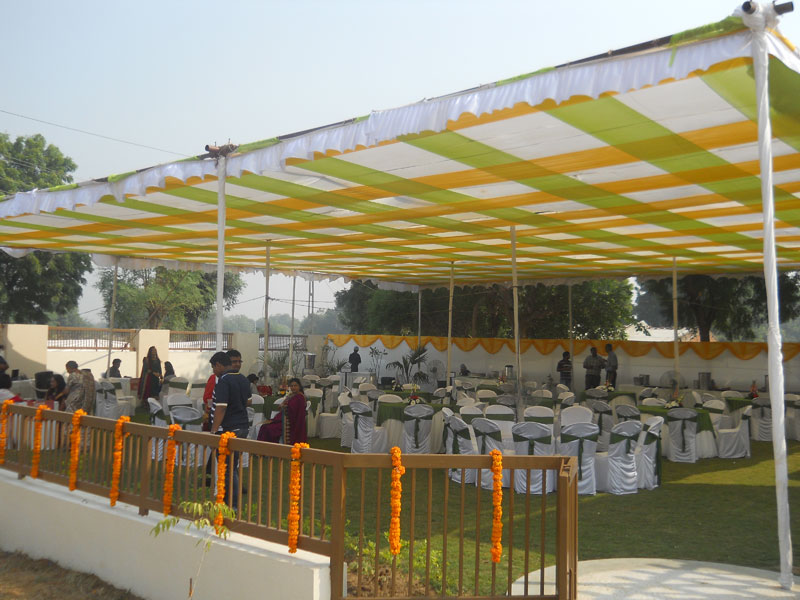 Mandap decoration ahmedabad mandap decoration for wedding mandap to perform certain rituals before wedding sajavat decorators offer best mandap designs and decoration to make your wedding best one in the city junglespirit Choice Image