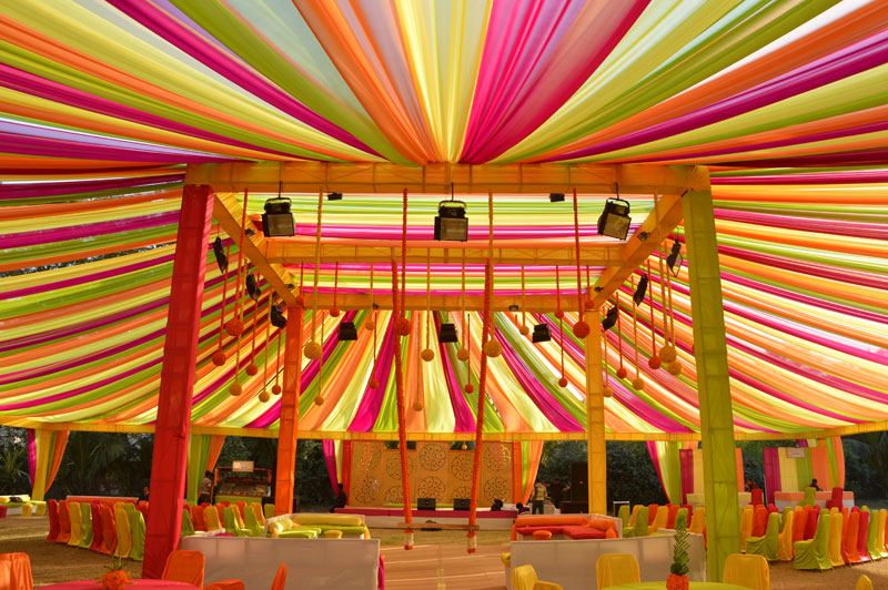 Mandap decoration ahmedabad mandap decoration for wedding mandap to perform certain rituals before wedding sajavat decorators offer best mandap designs and decoration to make your wedding best one in the city junglespirit Image collections